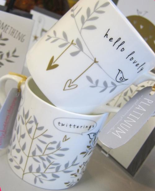 crop mugs